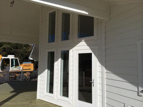 Casas de madera moderna ii de 140 m2 46 m2 de terraza for Casa moderna de 50 m2